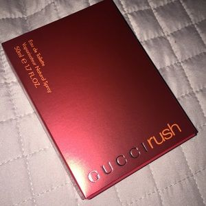 Gucci Makeup - Gucci rush.